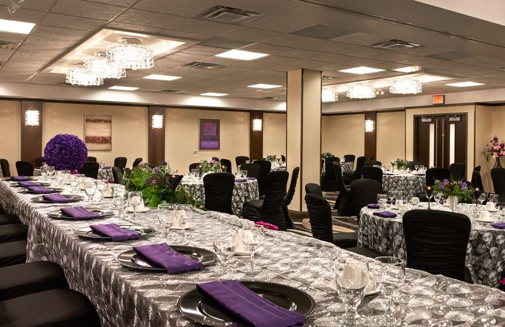 Best Western Premier Denham Inn & Suites - Discover your new beginnings