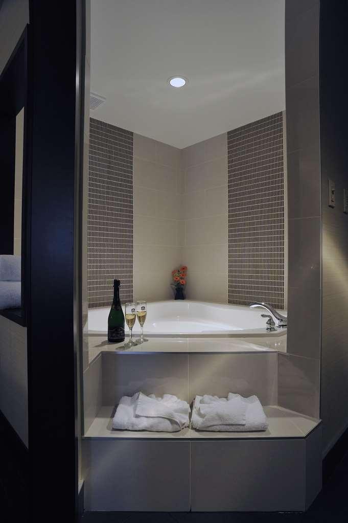 Best Western Premier Denham Inn & Suites - habitación de huéspedes-amenidad