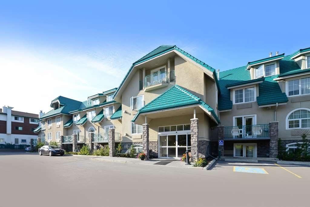 Best Western Pocaterra Inn - Vista Exterior