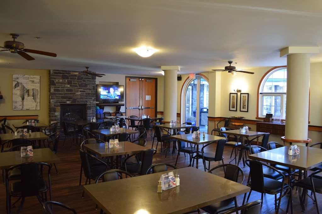 Best Western Pocaterra Inn - Our Beautiful Breakfast Room