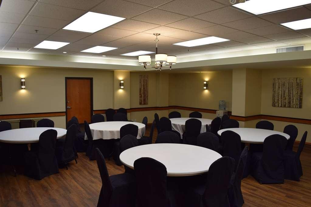 Best Western Pocaterra Inn - Sala de reuniones