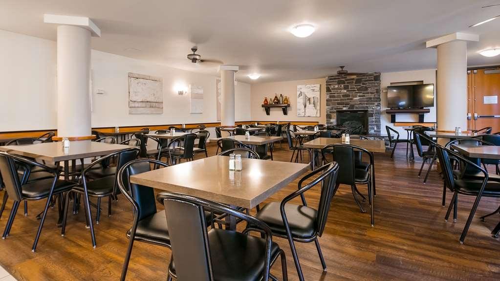 Best Western Pocaterra Inn - Breakfast Area
