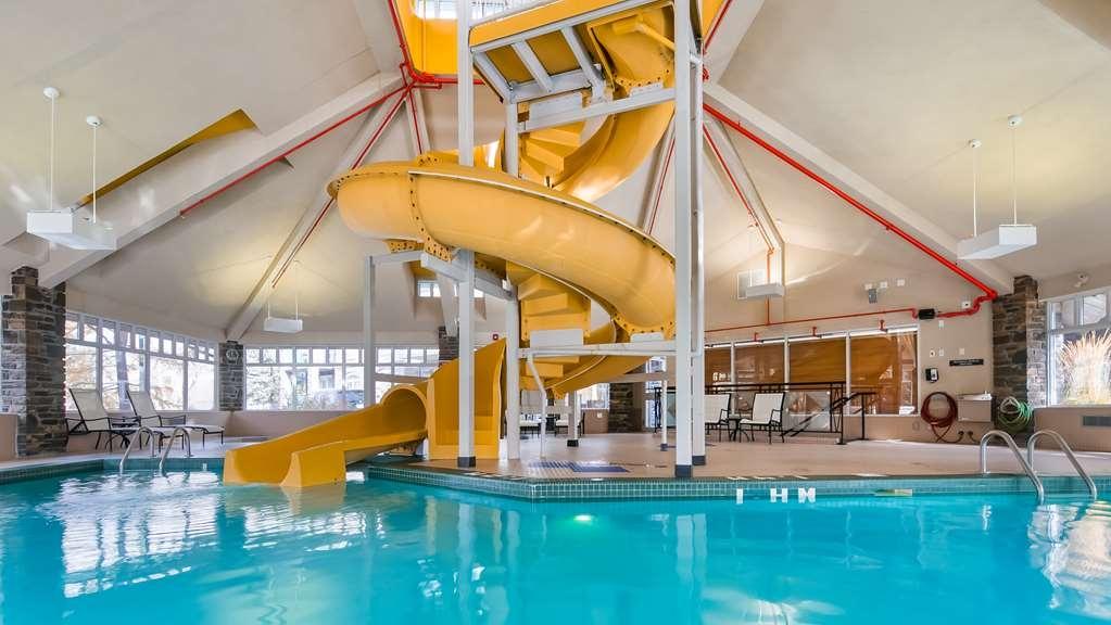 Best Western Pocaterra Inn - Indoor Pool Waterslide