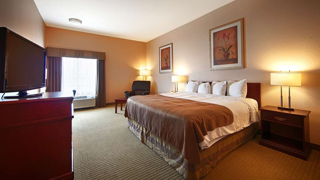 Best Western High Road Inn - King Bed Guest Room - King room with Jacuzzi® also available.