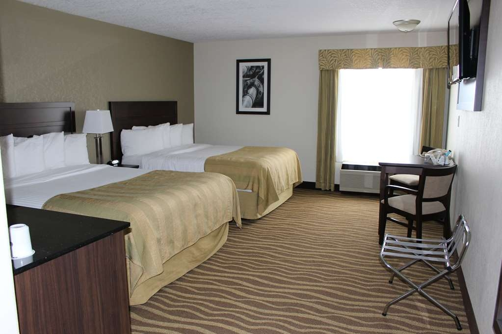 Best Western High Road Inn - Standard Room with Two Queen Bed, Microwave & Refrigerator