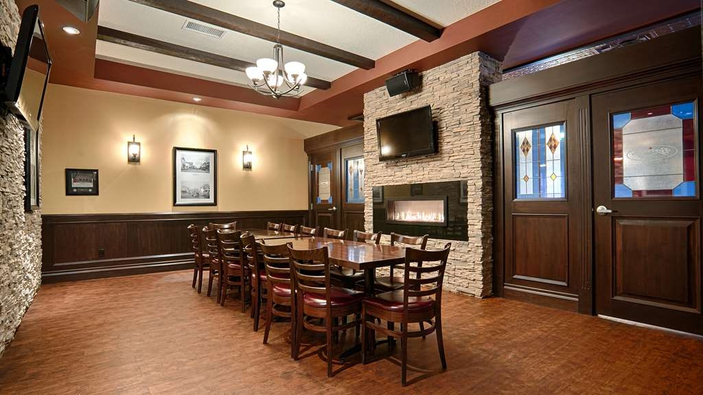 Best Western Wayside Inn - Barney's Office is available for any group from 5 to 20.