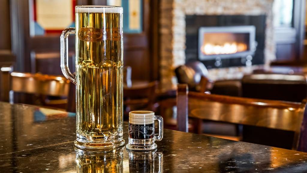 Best Western Wayside Inn - We offer a full selection of domestic and craft beers on tap