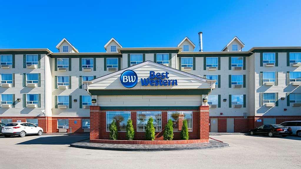 Best Western Grande Prairie Hotel & Suites - Aussenansicht