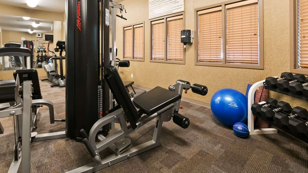Best Western Grande Prairie Hotel & Suites - Maintain your fitness routine during your stay with us in our fitness center.