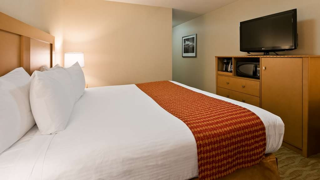 Best Western Grande Prairie Hotel & Suites - Reduced mobility room available for your convenience