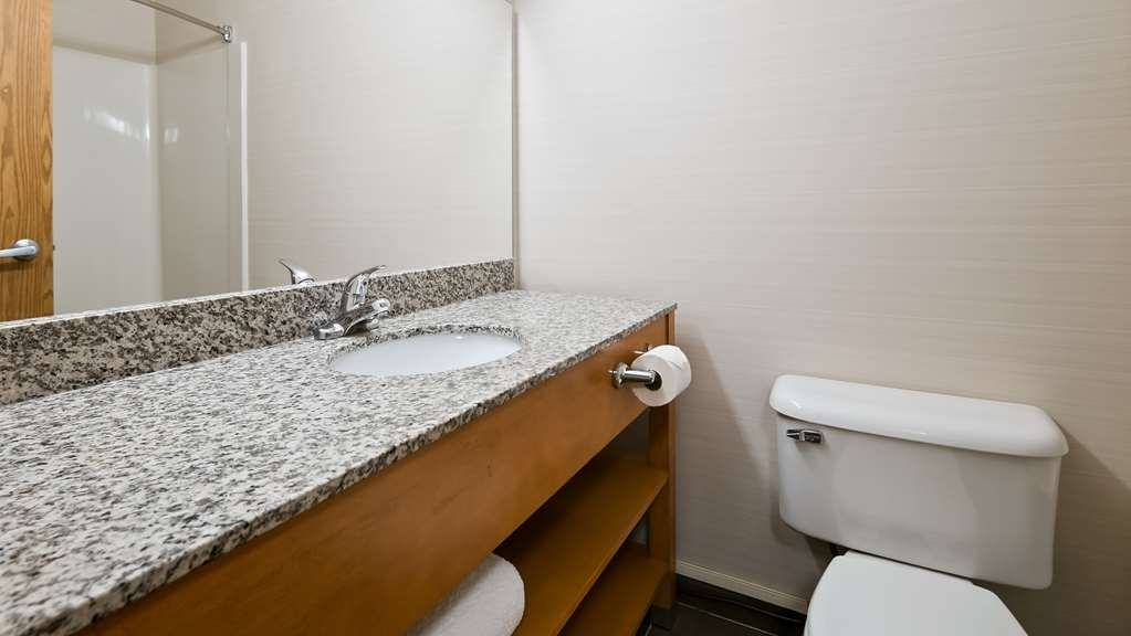 Best Western Grande Prairie Hotel & Suites - All guest bathrooms have a large vanity with plenty of room to unpack the necessities.