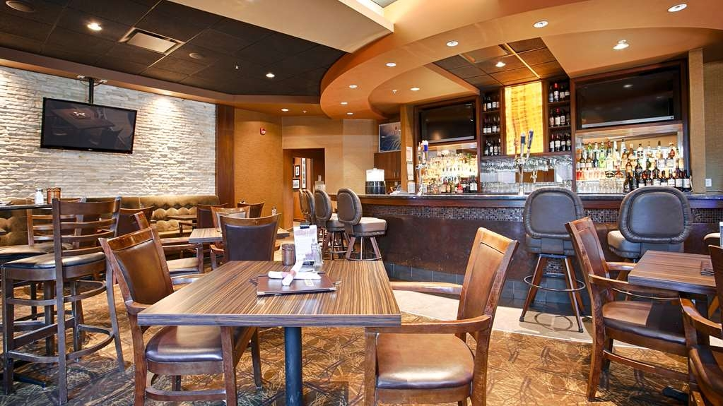 Best Western Cold Lake Inn - Restaurant / Etablissement gastronomique