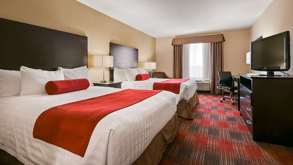 Best Western Plus Red Deer Inn & Suites - Standard Guest Room with 2 queen beds