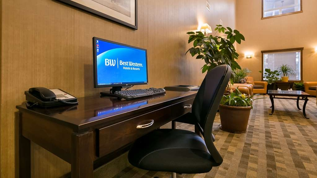 Best Western Diamond Inn - Business Center