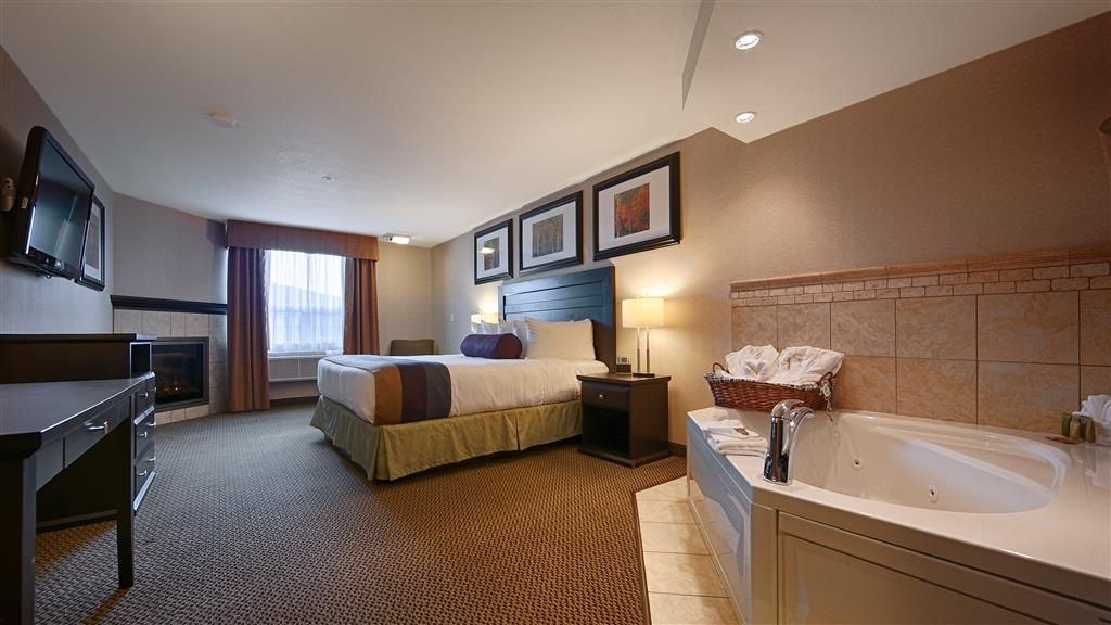 Best Western Bonnyville Inn & Suites - Suite