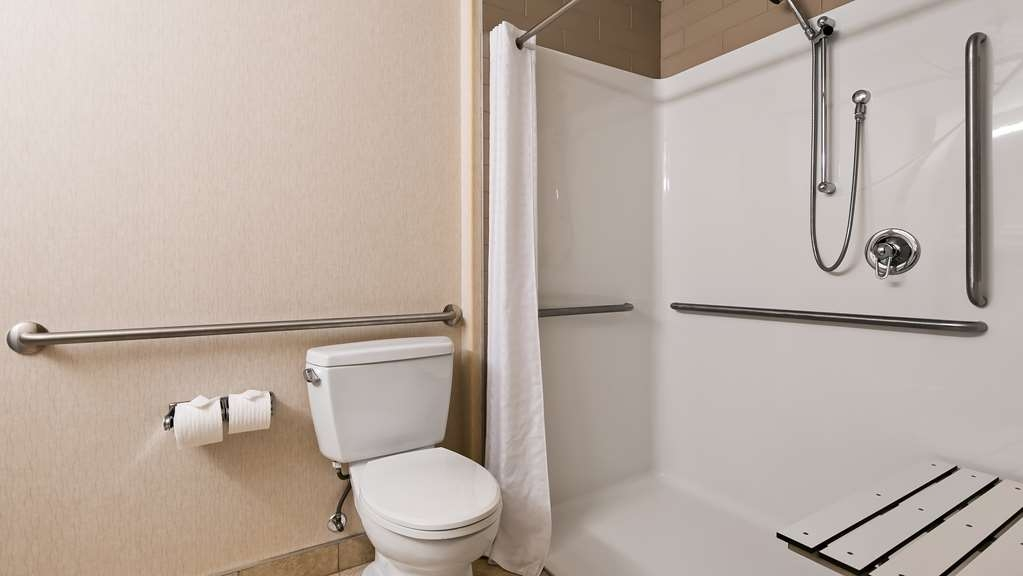 Best Western Bonnyville Inn & Suites - We designed our Barrier Free Room for easy wheelchair access with a roll-in shower.