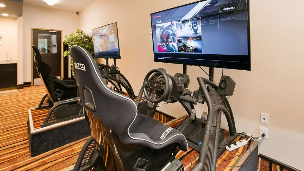 Best Western Bonnyville Inn & Suites - Challenge your boss to a race in our racing simulators!