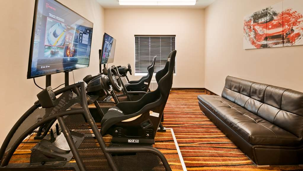 Best Western Bonnyville Inn & Suites - Race your friends and family in our racing simulator.