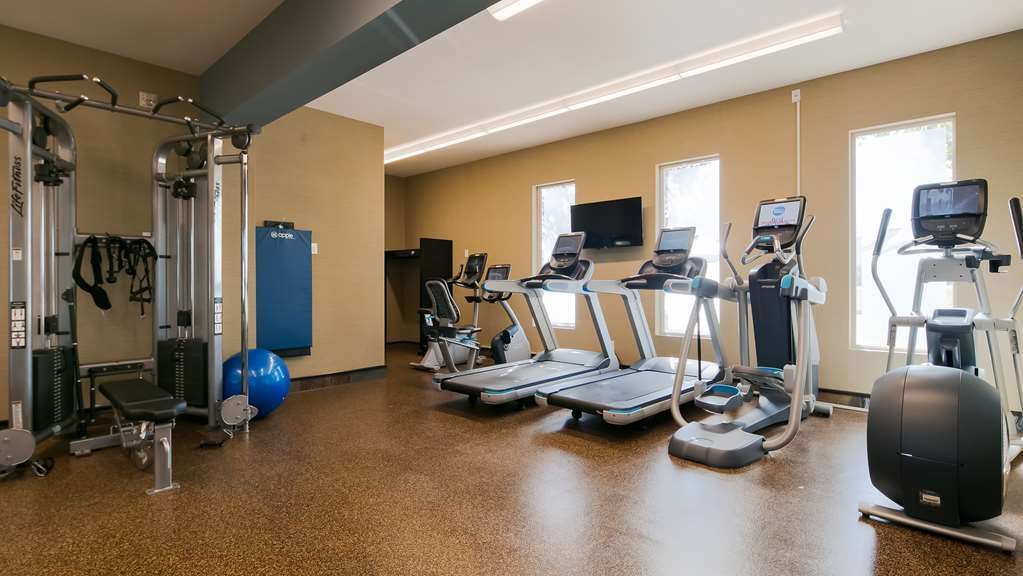 Best Western Bonnyville Inn & Suites - Fit a workout into your busy day during your stay with the convenience of our 24-hour fitness center.