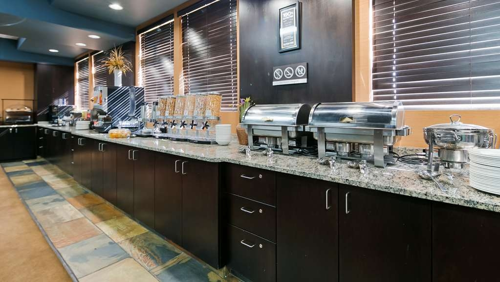 Best Western Bonnyville Inn & Suites - Restaurant / Etablissement gastronomique