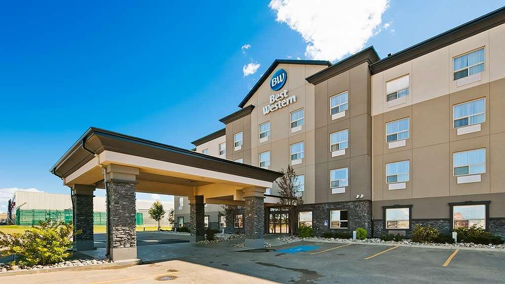 Best Western Wainwright Inn & Suites - Vista exterior