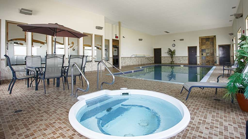 Best Western Wainwright Inn & Suites - Our hot tub is the perfect place to relax.