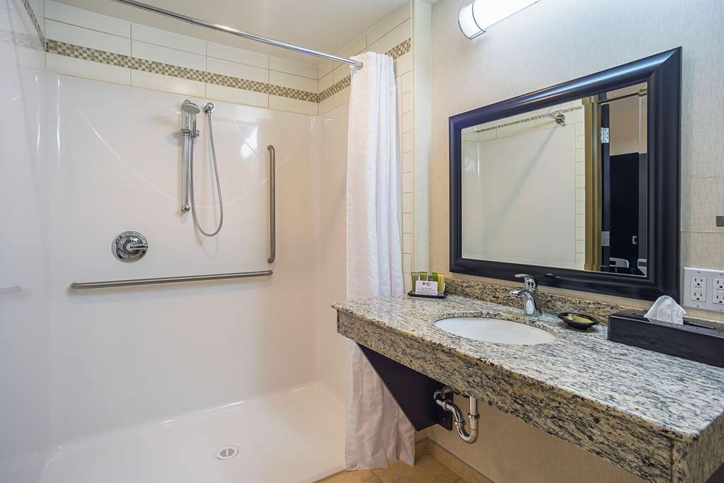 Best Western Wainwright Inn & Suites - We designed our mobility accessible rooms for easy wheelchair access and an extra large roll-in shower.