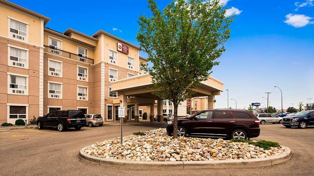Best Western Plus South Edmonton Inn & Suites - Vista exterior