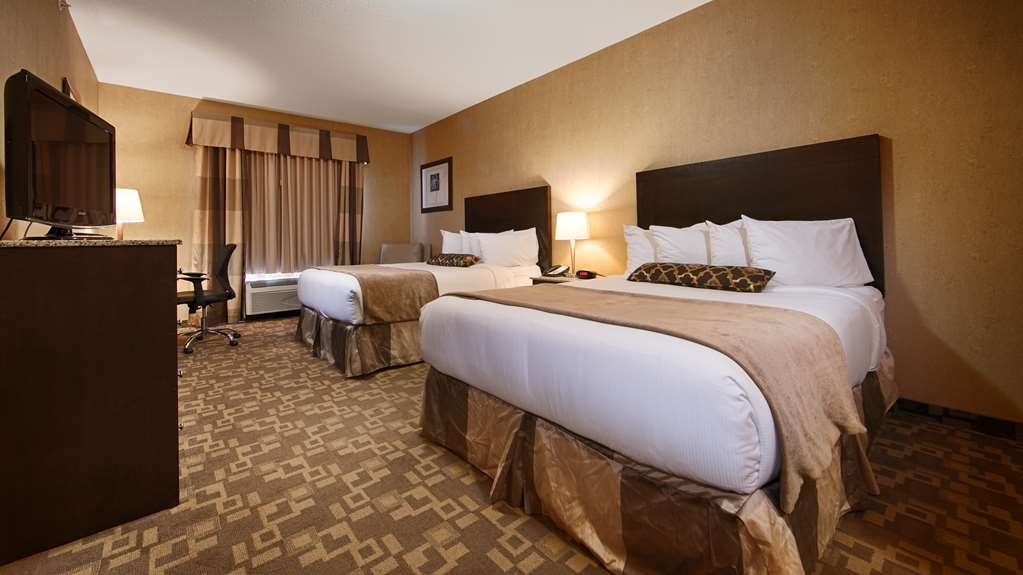 Best Western Plus South Edmonton Inn & Suites - Share our 2 queen bed guest room with friends or family as you explore Edmonton Alberta.