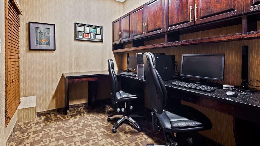 Best Western Plus South Edmonton Inn & Suites - Business Centre
