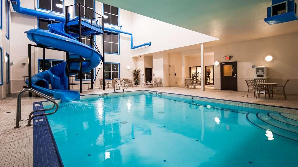 Best Western Plus South Edmonton Inn & Suites - Indoor Pool