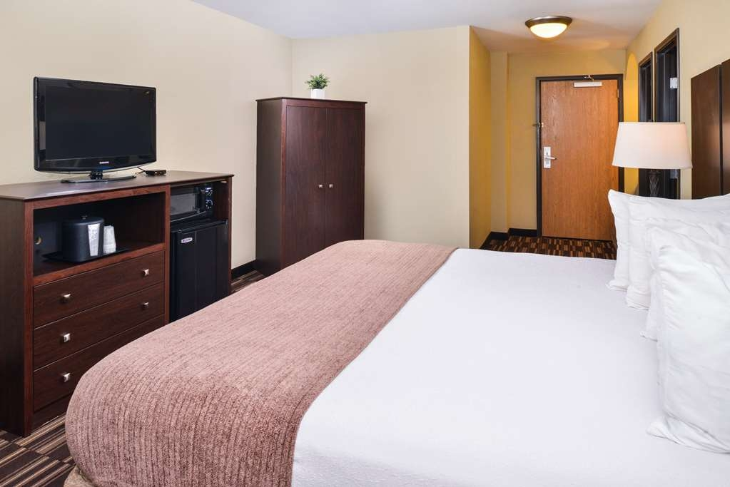 Best Western Sundowner - Our Standard King Room is perfect for the business traveler!