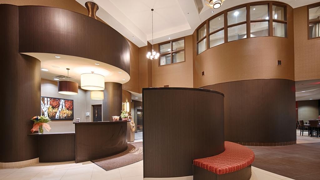 Best Western Premier Freeport Inn Calgary Airport - Lobbyansicht