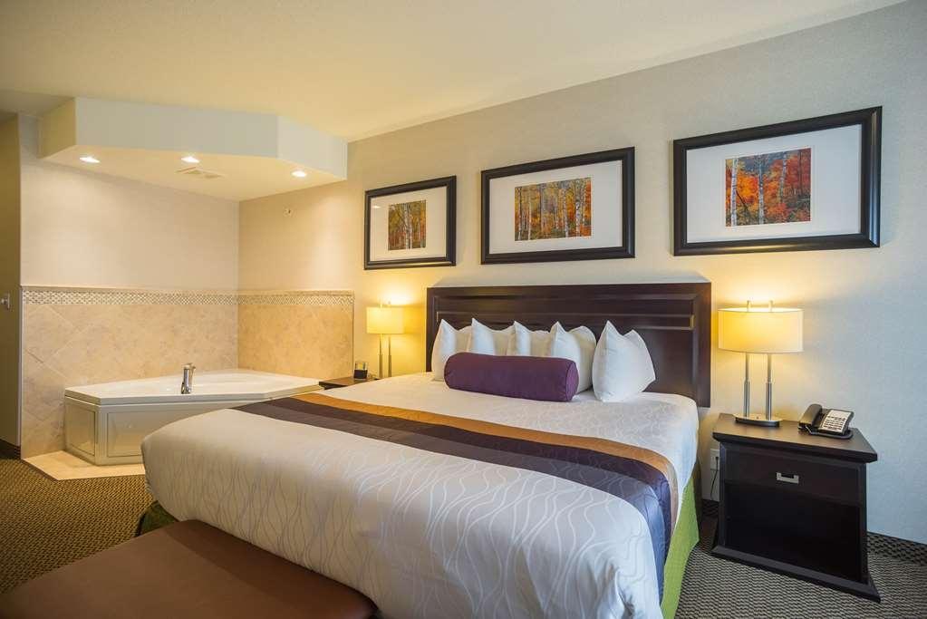 Best Western Plus The Inn at St. Albert - Suite