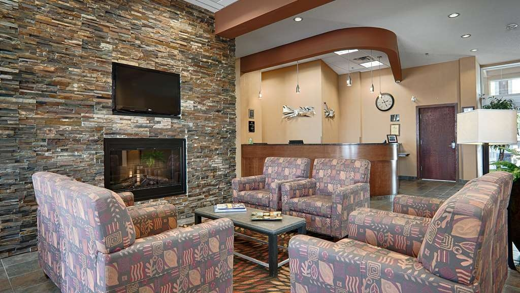 Best Western Plus Chateau Inn Sylvan Lake - Lobbyansicht