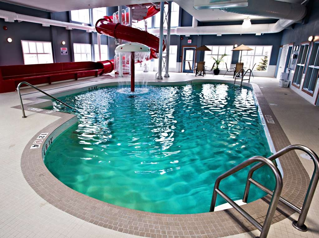 Camrose Resort Casino, BW Premier Collection - Poolansicht