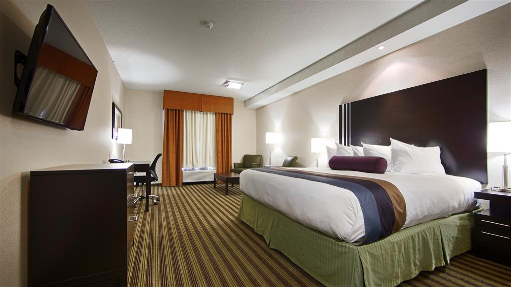 Best Western Plus Sherwood Park Inn & Suites - junior suite