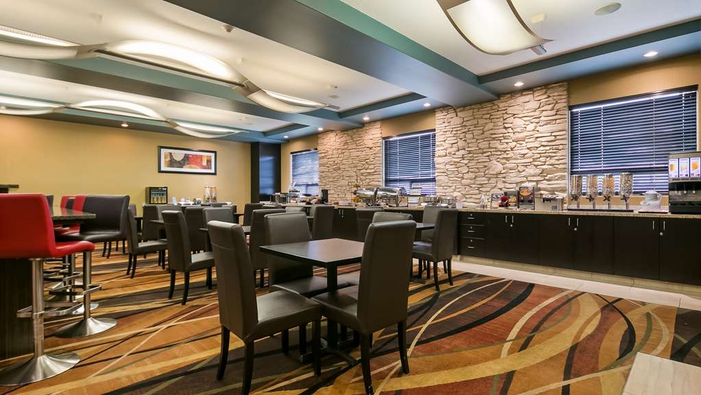 Best Western Plus Sherwood Park Inn & Suites - Restaurant / Gastronomie