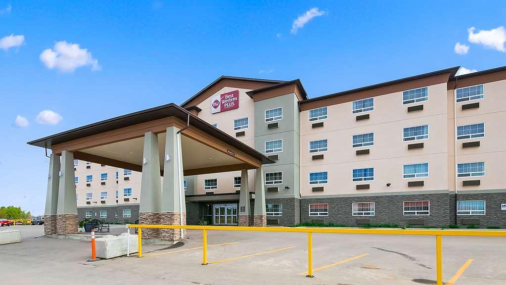 Best Western Plus Peace River Hotel & Suites - Vista exterior