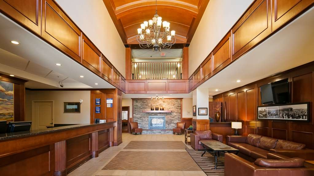 Best Western Plus Meridian Hotel - Vista del vestíbulo