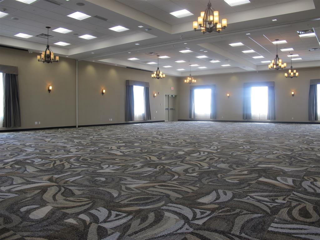 Best Western Plus Okotoks Inn & Suites - Tanzsaal