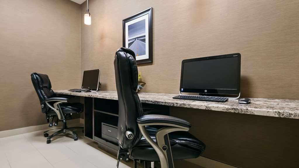 Best Western Plus Okotoks Inn & Suites - centro de negocios-característica