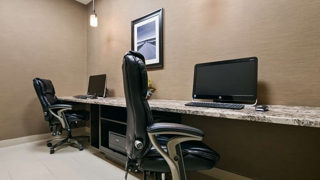 Best Western Plus Okotoks Inn & Suites - affari-centro