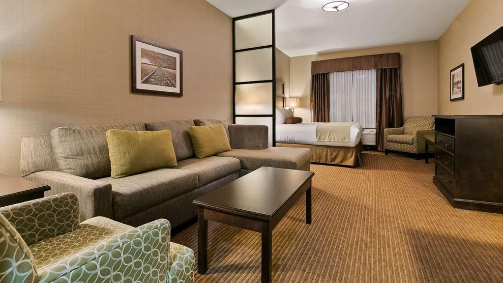 Best Western Plus Okotoks Inn & Suites - Habitaciones/Alojamientos