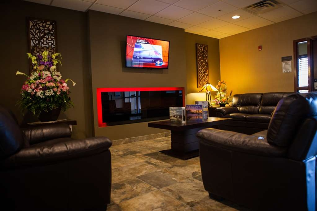 Best Western Plus Service Inn & Suites - Lobby