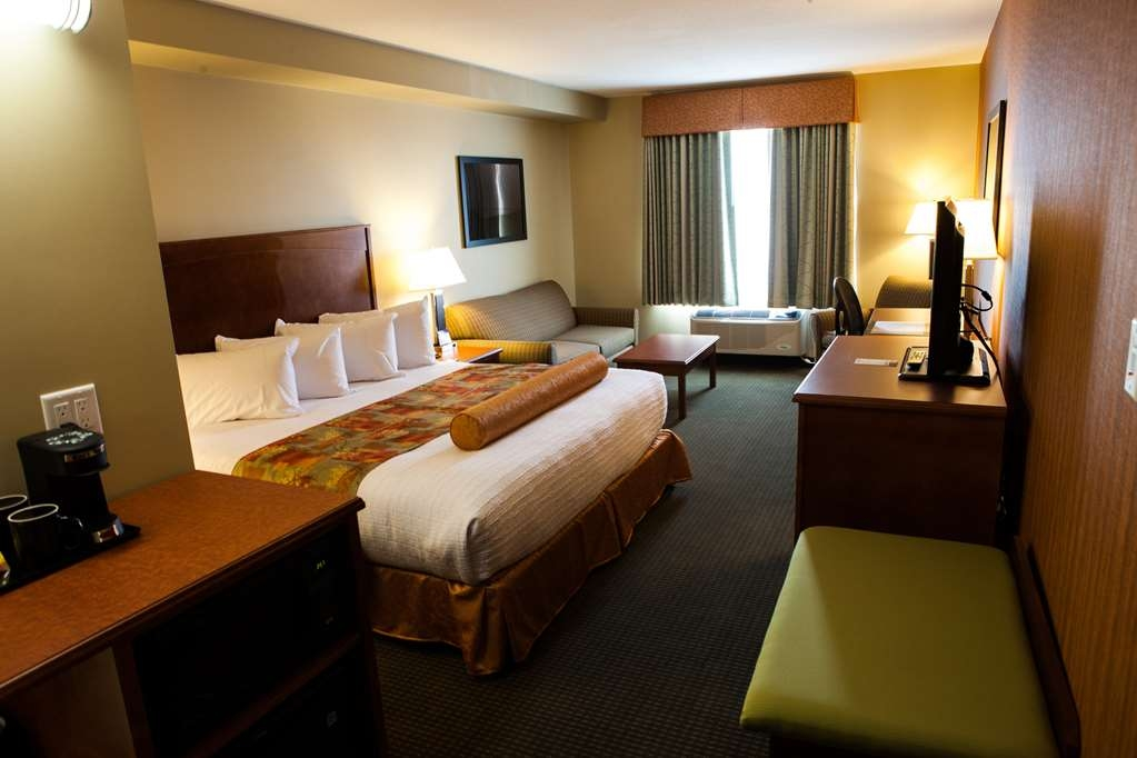 Best Western Plus Service Inn & Suites - Standard King Guest Room