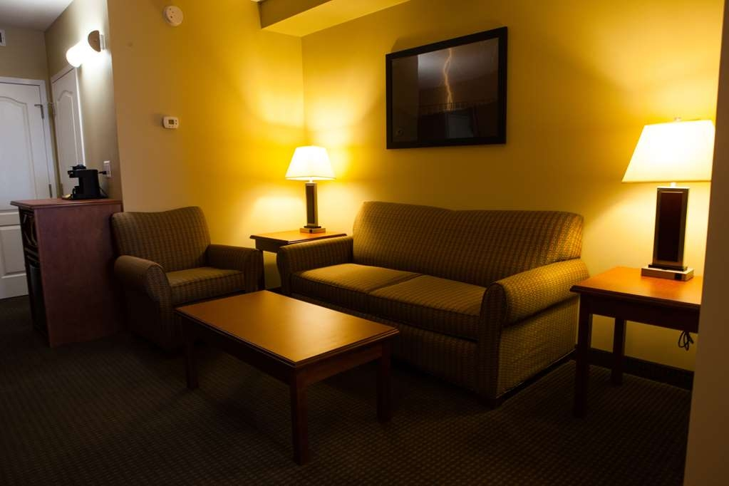 Best Western Plus Service Inn & Suites - Junior Executive Suite