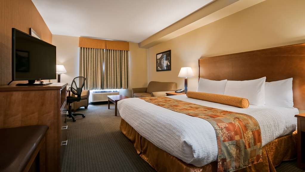 Best Western Plus Service Inn & Suites - Standard King Room