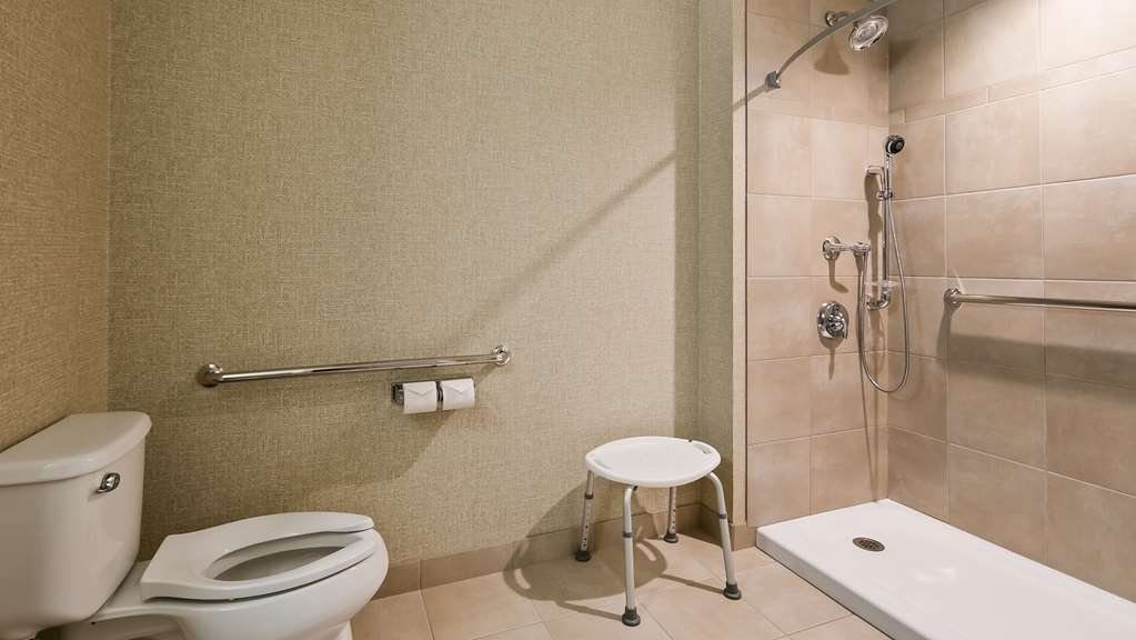 Best Western Plus Service Inn & Suites - Accessible Guest Bathroom