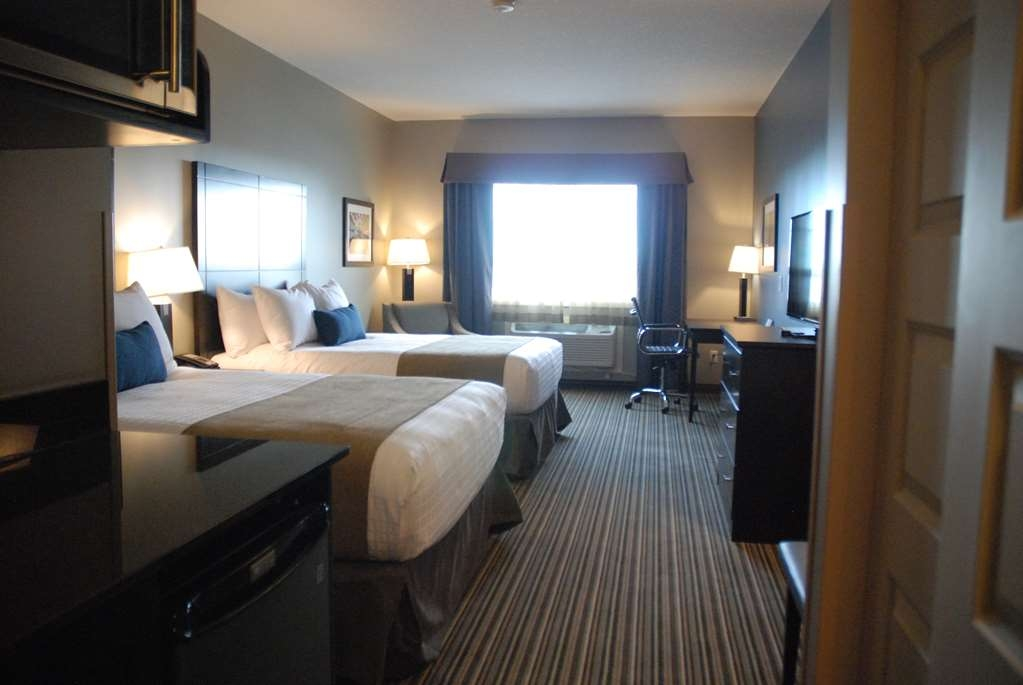 Best Western Plus Fort Saskatchewan Inn & Suites - Two Queen Bed Guest Room